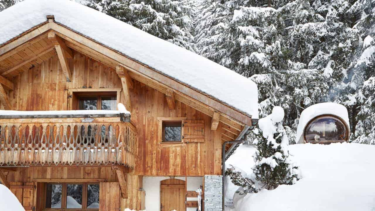 France luxury ski chalets retreat marmotte mountain for Luxury winter cabins