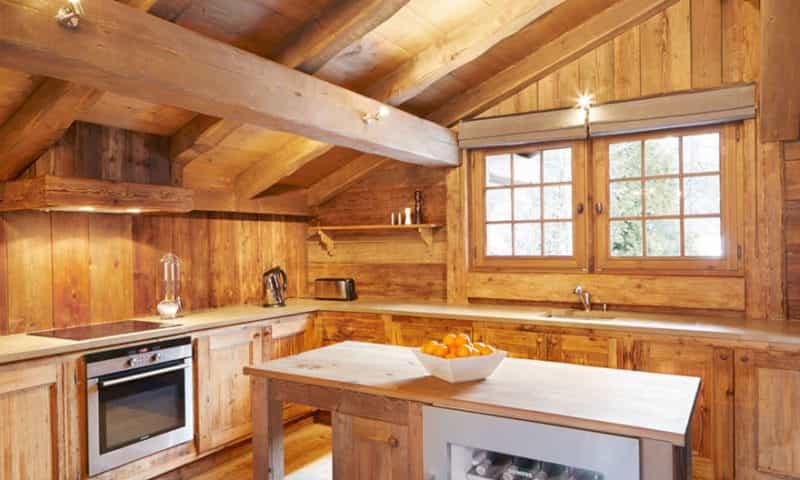 chalet-with-modern-kitchen