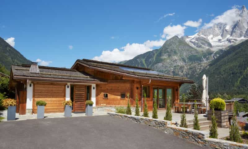 an big mountain chalet