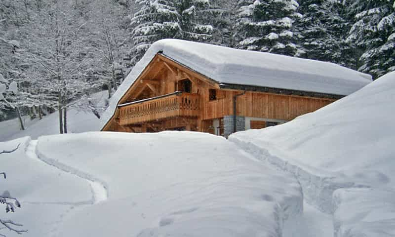 traditional-ski-holiday-chalet