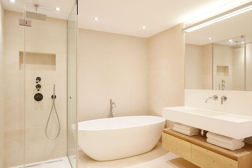 image of a luxury bathroom in Chalet
