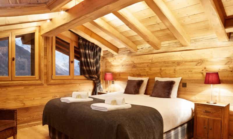 bedroom-5-ski-chalet