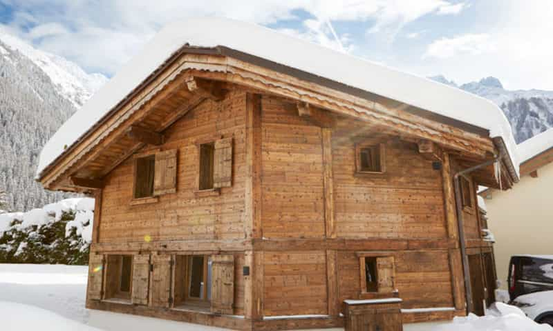 Large 8 Person Luxury Chalet