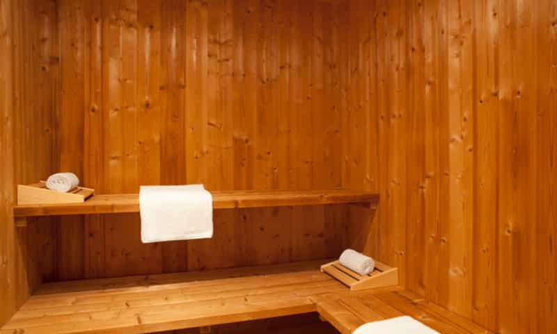 indoor-sauna-luxury-chalet