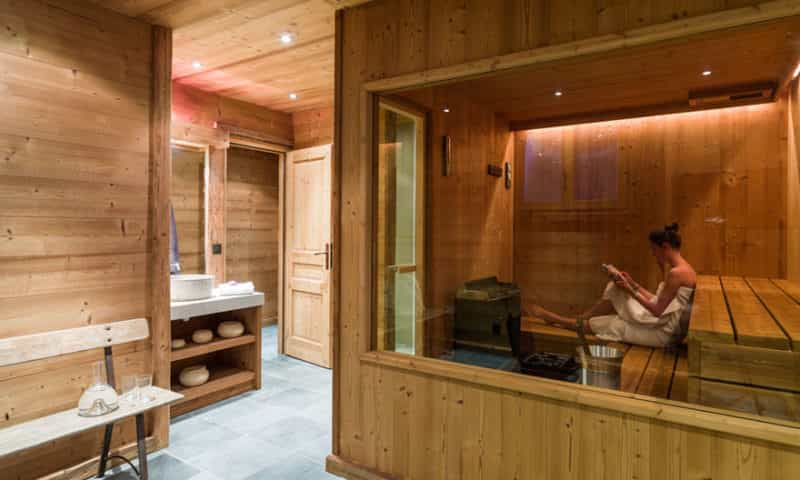 sauna-in-luxury-chalet
