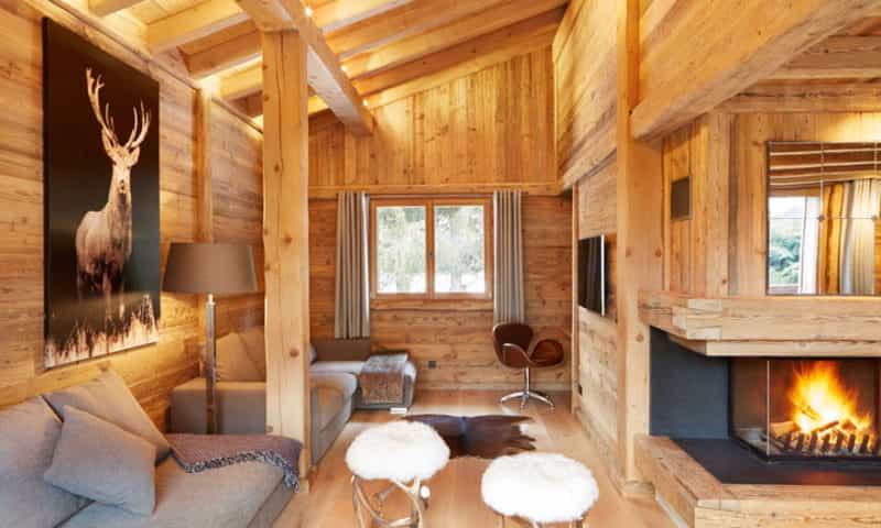 wooden-cabin-chamonix