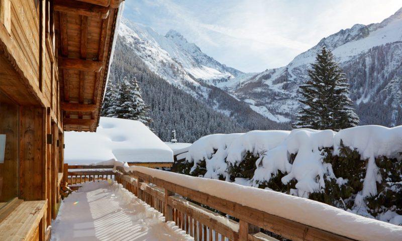 Zenith 2 Luxury Ski Chalet