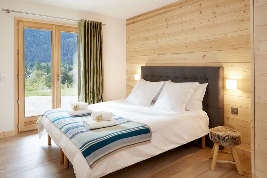 image of a Chamonix chalet bed