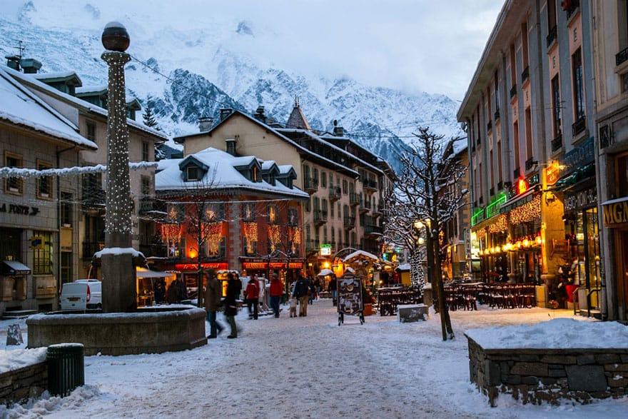 Perfect Christmas Town.The Perfect Christmas Getaway Marmotte Mountain