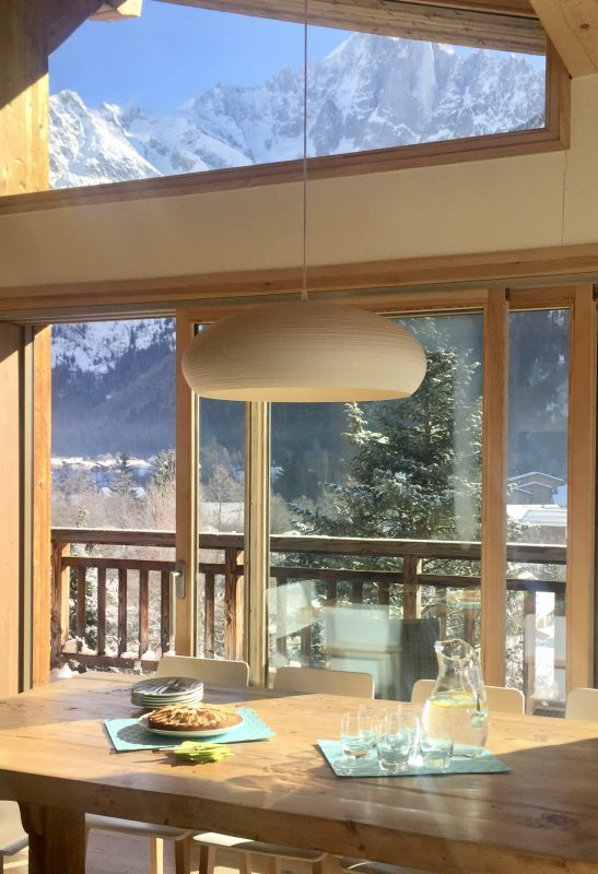 Dining with a view - Chamonix chalet Marmotte Mountain Eco Lodge